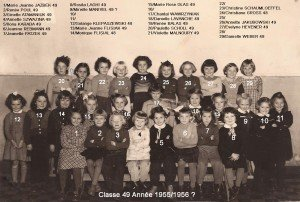 CL49 filles année CE recadre copie